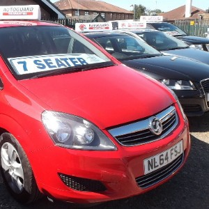 VAUXHALL ZAFIRA n/s/r door in bright red solid paint